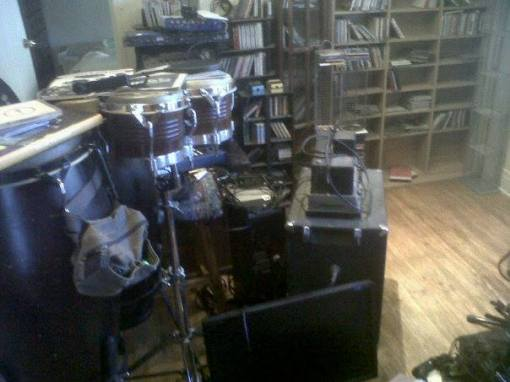 dismantling the recording rig_n